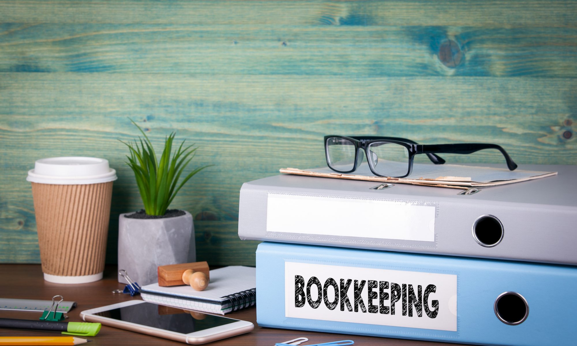 Advantages of Hiring a Bookkeeper